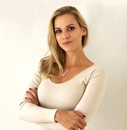 Karina Łabędowicz-Więcek - Psychiatra